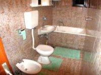 Ap1 (4 + 2) - Bathroom