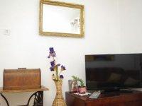 6 + 2 - Living Room