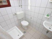 Ap2 (2 + 0) - Bathroom
