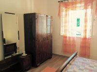 House for 10 -