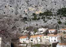 lokva rogoznica old village